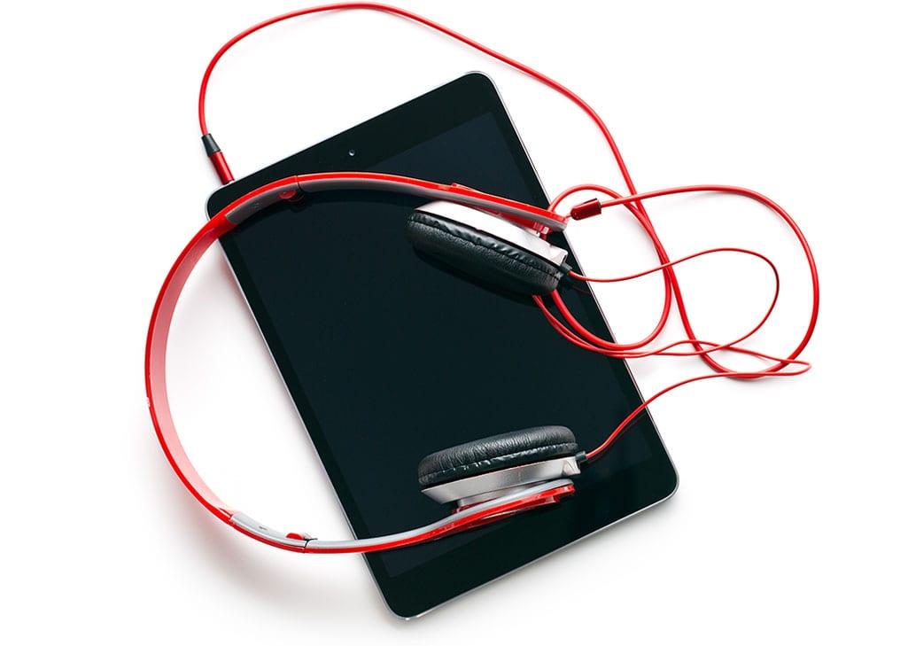 headphones 03 1