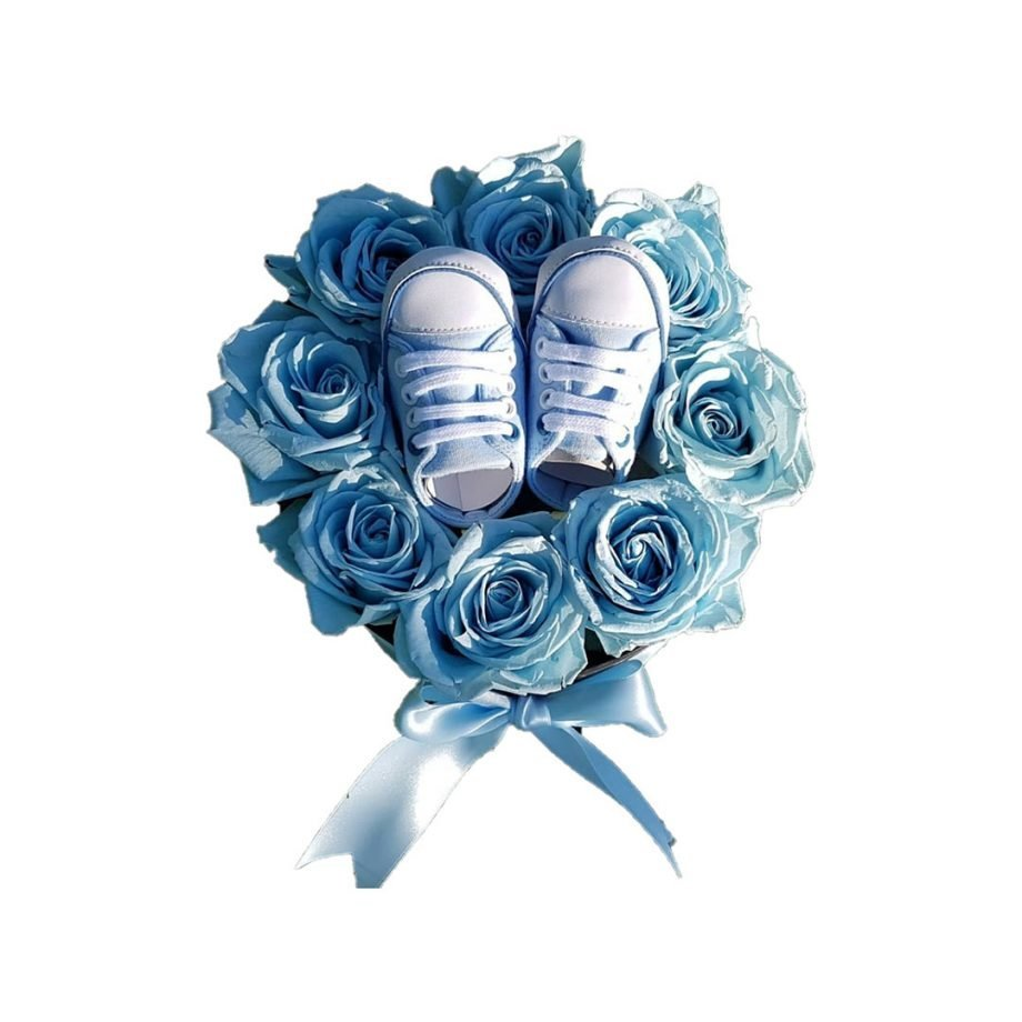 Caja Mediana con Rosas Eternas y Zapatitos de Bebé
