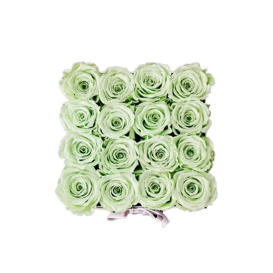 Caja Cuadrada Mediana de Rosas Preservadas 4