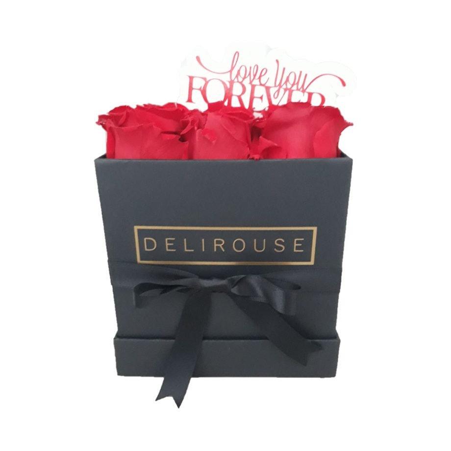 Caja Pequena Cuadrada de Rosas con Topper Personalizado 3