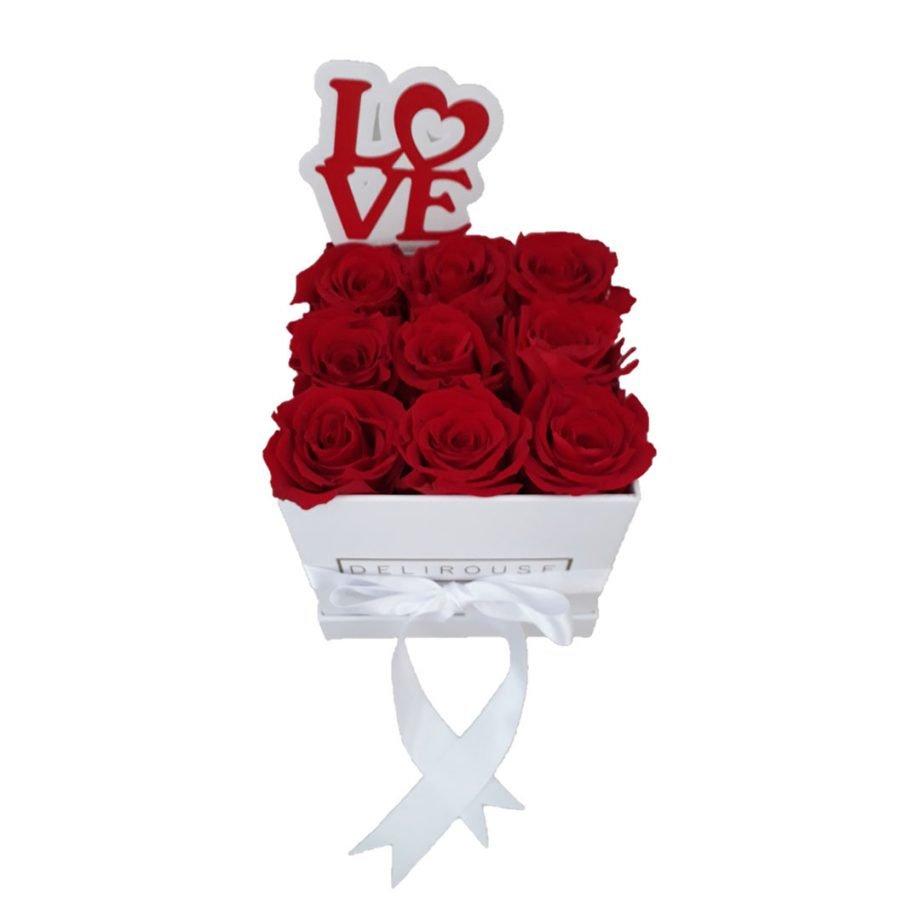 Caja de Rosas Pequeña Cuadrada con Topper Personalizado
