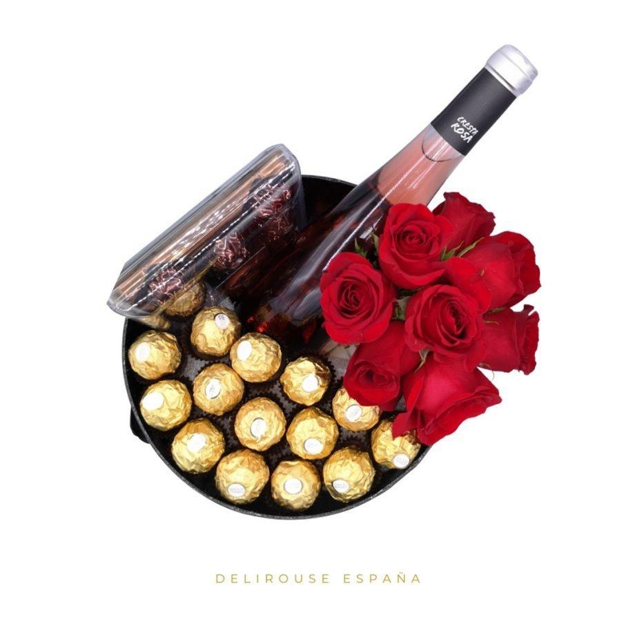 Caja Cilindrica Grande con Bouquet de Rosas Eternas y Complementos 1