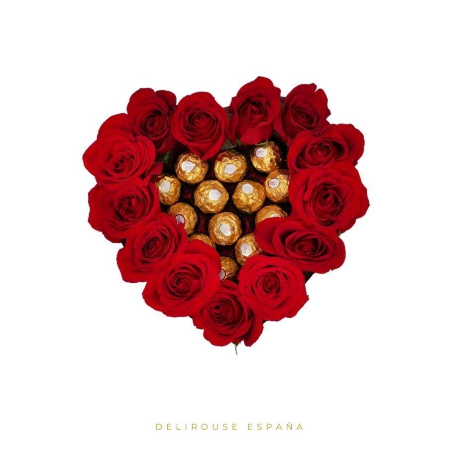 Caja Corazón Grande con Rosas Eternas y Bombones