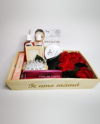Bandeja Pequeña con Rosas Eternas y Productos del Cuidado