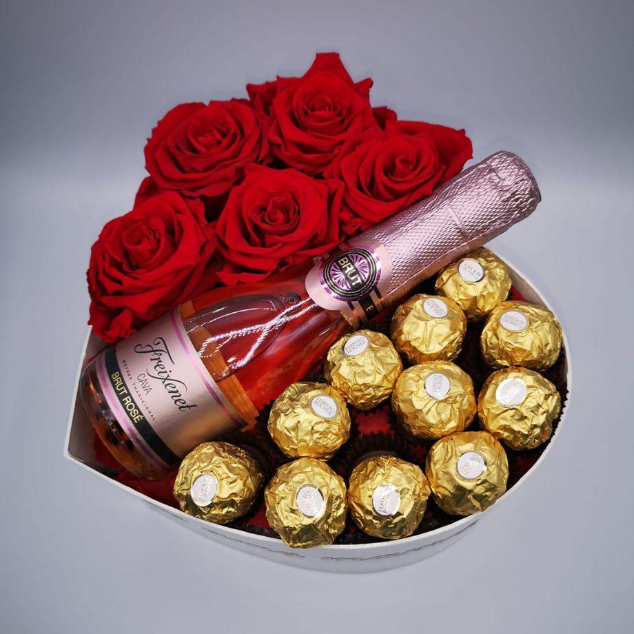 Caja Corazón con Mensaje para Mamá + Mini Cava + Bombones Ferrero Rocher