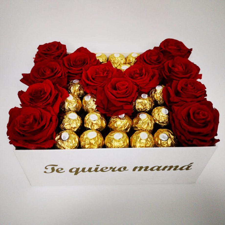 Caja con Rosas Eternas en Forma de M + Bombones Ferrero Rocher