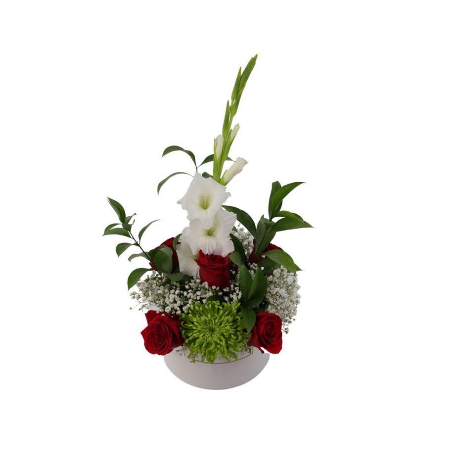Caja Pequeña con Flores Silvestres y Rosas 4