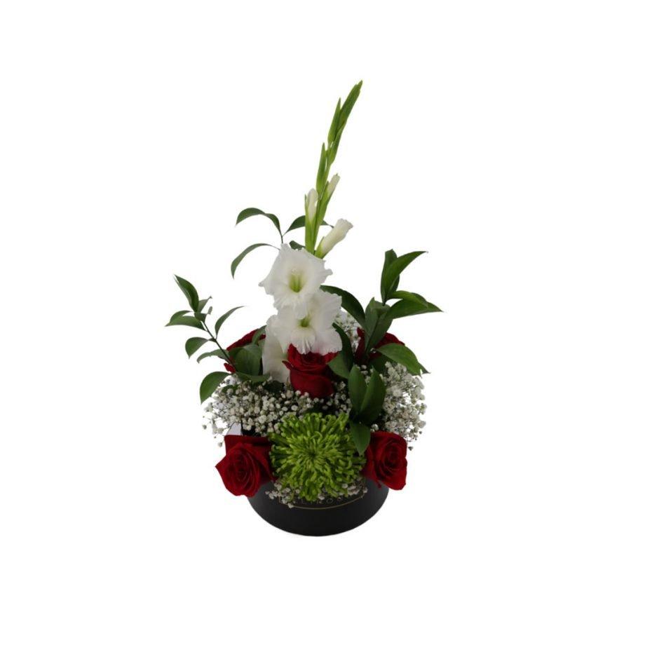 Caja Pequena con Flores Silvestres y Rosas 4